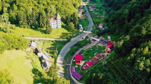 Castelul de la Valea Dosului - Zlatna
