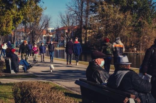 O localitate din Cluj scapă de RESTRICȚII. Restaurantele și cafenelele, DESCHISE până la ora 22.00.