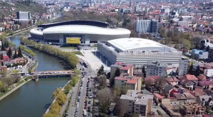 """Maratonul vaccinării începe vineri, cu 600 medici și studenți UMF Cluj. Boc: """"Avantajele sunt colosale"""""""
