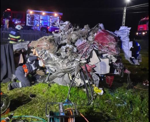 Accident GRAV la Pasul Tihuța, cu trei tineri morți. Doi dintre ei erau din Cluj-Napoca. FOTO