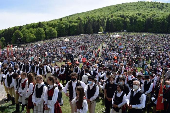 """Directorul UNTOLD: """"Care e diferența între pelerinajul religios de azi și un festival?"""""""