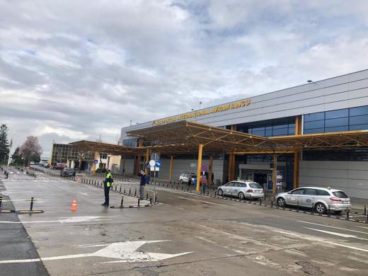 Test FALS PCR, prezentat în aeroportul din Cluj-Napoca. Cum au procedat autoritățile?