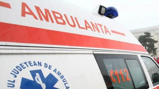 ACCIDENT în Feleac. Un tânăr de 22 de ani, transportat la spital