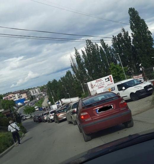 """Trafic INFERNAL în Baciu, spre Cluj-Napoca: """"Toate străzile sunt blocate""""."""