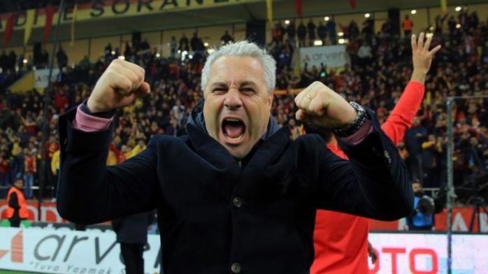S-a aflat ce salariu va avea Marius Șumudică la CFR Cluj! Primul jucător pe care îl vrea în Gruia noul antrenor