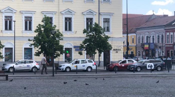 VIDEO/FOTO. Standurile din Cluj, pline ochi de taxi-uri