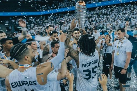 U-BT este noua campioana a României la baschet.