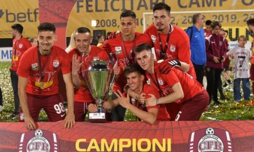CFR Cluj renunţă la un tânăr de perspectivă! Şumudică l-a trimis la Rapid