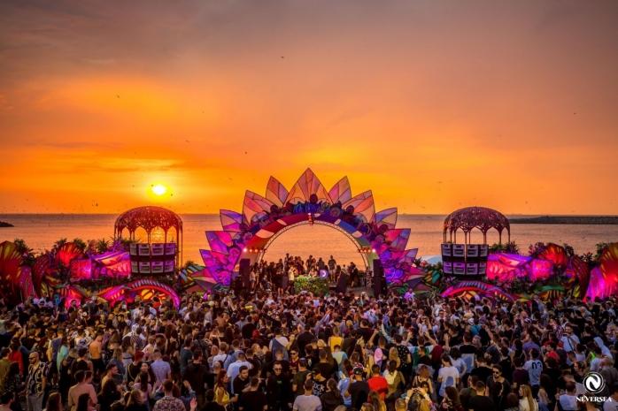 Festivalul Neversea SE AMÂNĂ pentru 2022. Ce pot face cei care au cumpărat deja bilete?