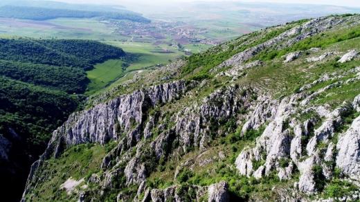 5 rezervații naturale SPECTACULOASE din județul Cluj - GALERIE FOTO