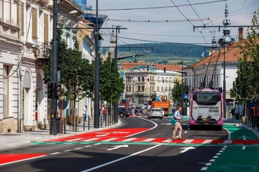 """Clujul, fruntaș în UE la creșterea economică. Boc: """"E multă muncă. Ne uităm la slujbele viitorului"""""""