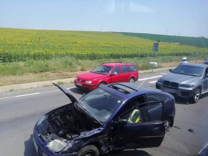 Accident între Turda și Cluj-Napoca! Două mașini avariateAccident între Turda și Cluj-Napoca! Două mașini avariate