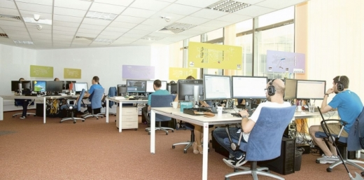 Cele mai multe angajări IT, la Cluj-Napoca. După un curs de câteva luni oricine se poate angaja
