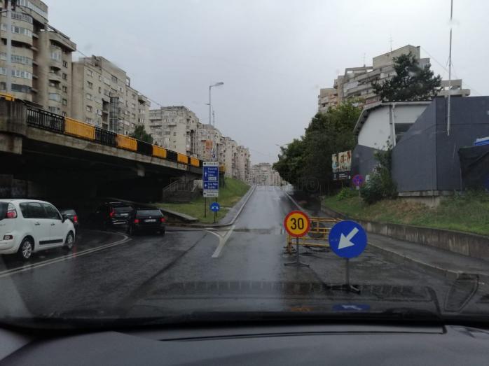 O altă avarie produsă de furtună încurcă circulația în Cluj-Napoca