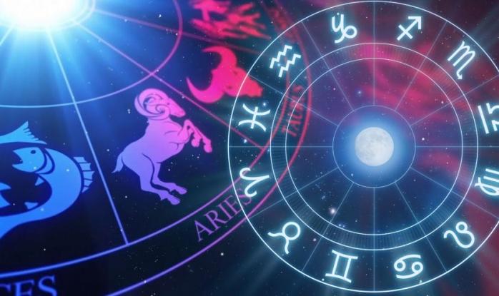 Horoscop 25 iulie 2021. Zi tensionată în relația de cuplu. O zodie își vară nervii pe cei dragi