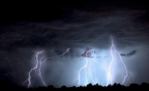 De ce se produc furtunile severe care amenință Clujul în ultima vreme? Explicațiile specialiștilor.