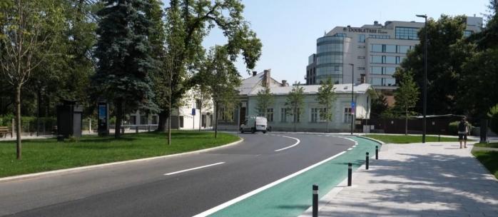 Au fost finalizate lucrările din Centrul Clujului! Peste 100 de locuri de parcare, trotuare și stații noi de autobuz.