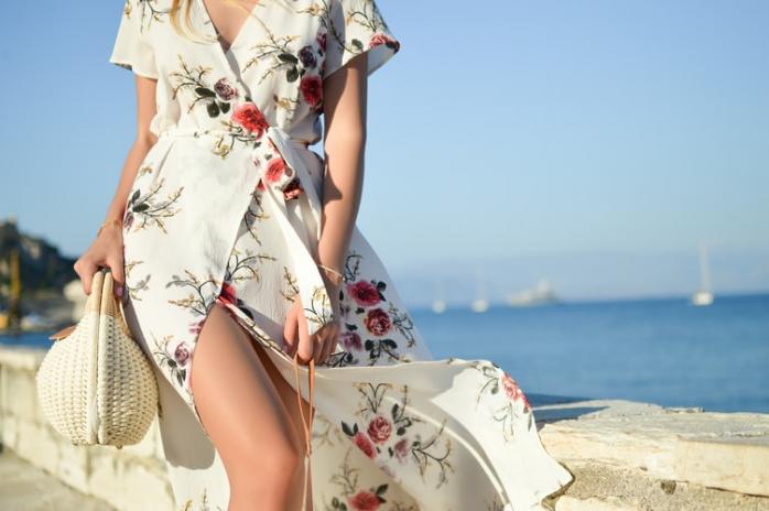 Cum să te îmbraci pe caniculă? Sfaturi practice pentru a te proteja de temperaturile ridicate