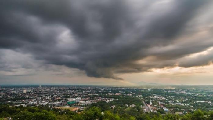 COD GALBEN de FURTUNI, grindină şi VIJELII, la Cluj! Temperaturile scad simțitor.