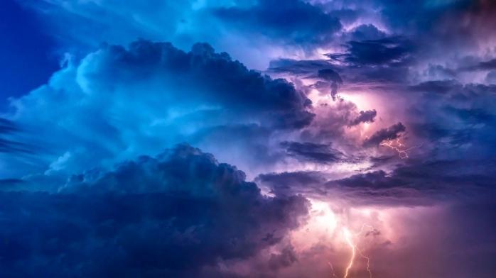ALERTĂ de VREME REA, la Cluj! Cod PORTOCALIU de vijelii, furtuni și grindină.