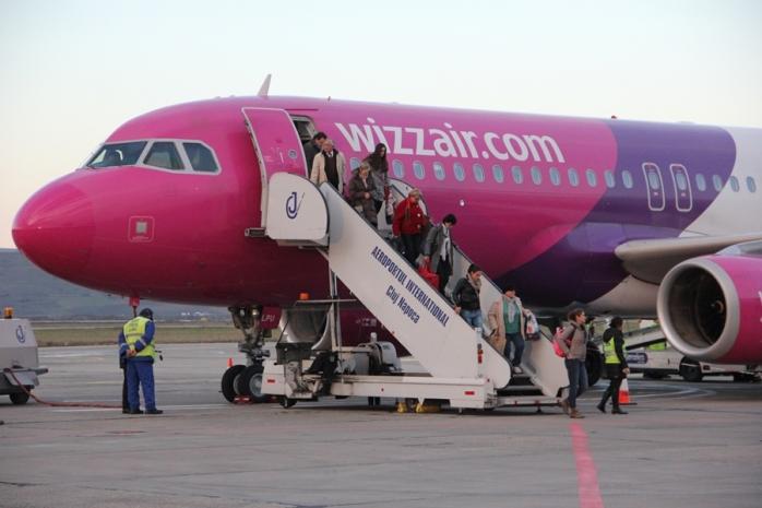 Vești bune pentru românii care vor să plece în Marea Britanie! Un zbor importat revine pe Aeroportul din Cluj