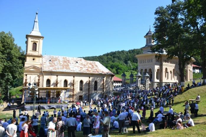 Pelerinajul de la Mănăstirea Nicula! Află programul și toate detaliile despre procesiune