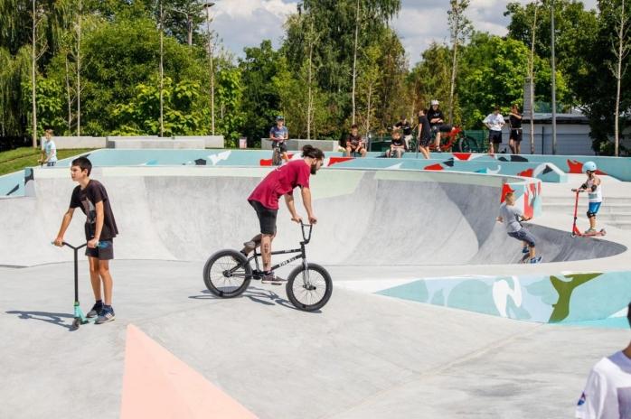 Skatepark-ul Rozelor e gata! Cum arată parcul pentru sporturi extreme? - FOTO