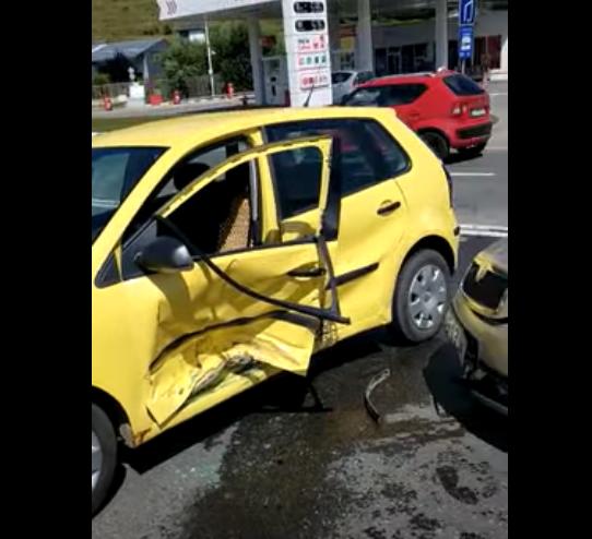 Accident în Vâlcele, cu 3 victime! Intervine o ambulanță de terapie intensivă mobilă
