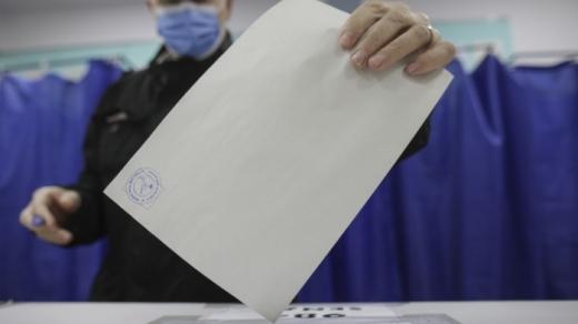 Ce partid ar câștiga, dacă duminică ar fi alegeri? PNL, în cădere liberă, AUR și USR - aproape la egalitate