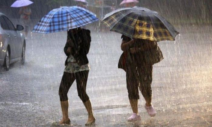 Clujul rămâne sub COD GALBEN de ploi. Cum va fi vremea azi?