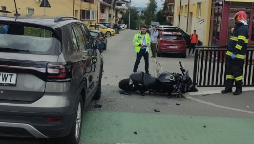 Accident grav pe strada Buna Ziua! Un motociclist, transportat de URGENTA la spital