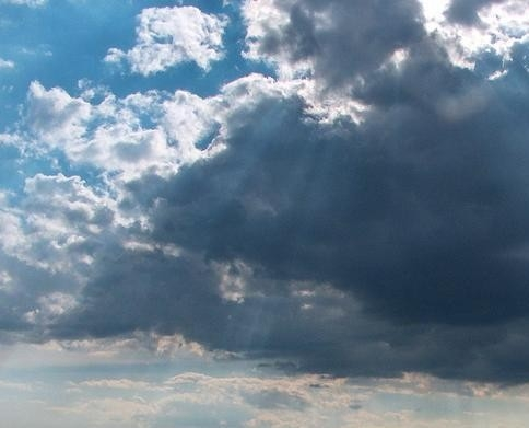 Vremea la Cluj în weekend. Se opresc ploile, dar temperaturile nu cresc