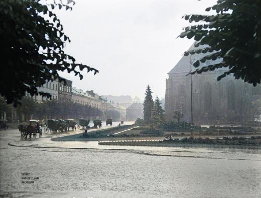 GALERIE FOTO: Clujul de altă dată. Orașul era plin de căruțe și cai care galopau