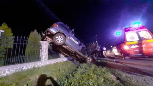 Accident GRAV pe un drum din Bistrița-Năsăud! Trei copii și părinții lor au ajuns la SPITAL