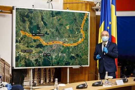 """Clujenii, nemulțumiți de dezbaterea privind construirea metroului: """"E doar o șaradă dureroasă"""". Se cere o consultare reală a cetățenilor."""