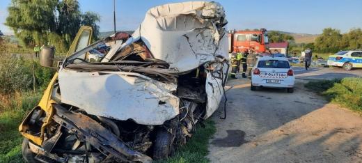 Bărbat din Cluj, implicat într-un accident GRAV cu doi morți, în Mureș. Clujeanul a fost dus la spital.