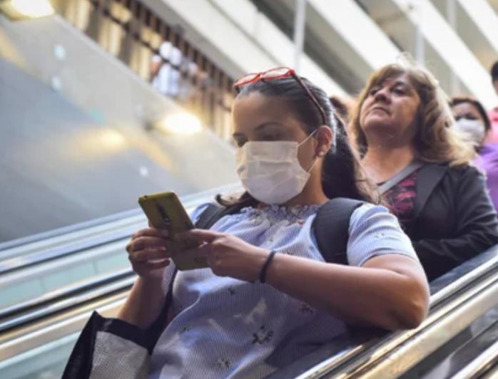 """Măsuri de protecție, ignorate în Cluj? Consilier local: """"În mall, 1 din 10 persoane nu avea masca deloc"""""""