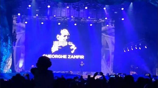 VIDEO. Maestrul Gheorghe Zamfir a încântat public în ziua 2 la UNTOLD