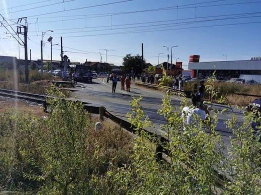 Bărbat din Cluj-Napoca, MORT după ce a fost LOVIT DE TREN pe calea ferată din Apahida