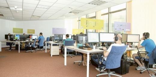 IT-iştii din Cluj, cel mai bine plătiți angajați din România. Salariul ajunge până la aproape 1.500 de euro.