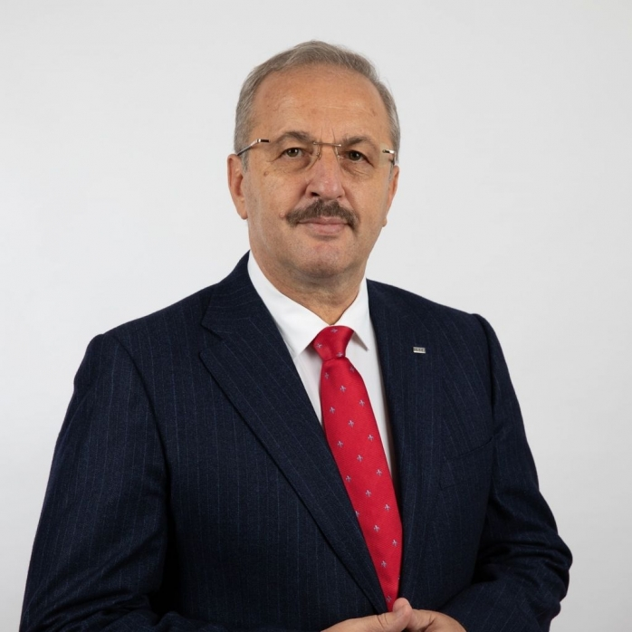 """Senatorul Vasile Dîncu: """"Mergem pe ideea de responsabilitate și libertate"""""""