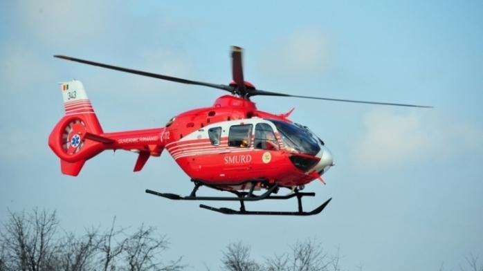 Accident GRAV cu 5 VICTIME în Cluj. Un bărbat ÎNCARCERAT, dus cu elicopterul SMURD la spital.