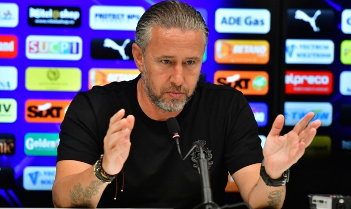 """Laurenţiu Reghecampf, speriat de meciul cu CFR Cluj: """"Sper ca băieţii noştri să aibă o altă atitudine"""""""