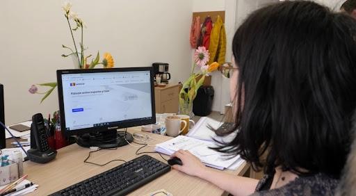 Tot mai mulți clujeni își plătesc taxele online. Încă o săptămână pentru plata impozitelor pe semestrul al doilea
