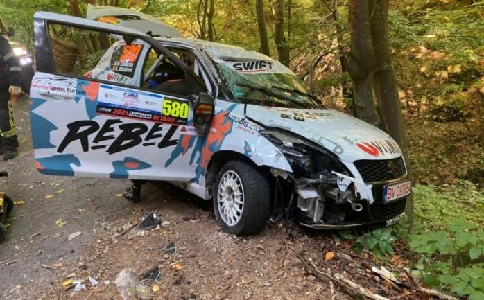 ACCIDENT la Raliul Clujului 2021. Echipajul se află sub supraveghere medicală