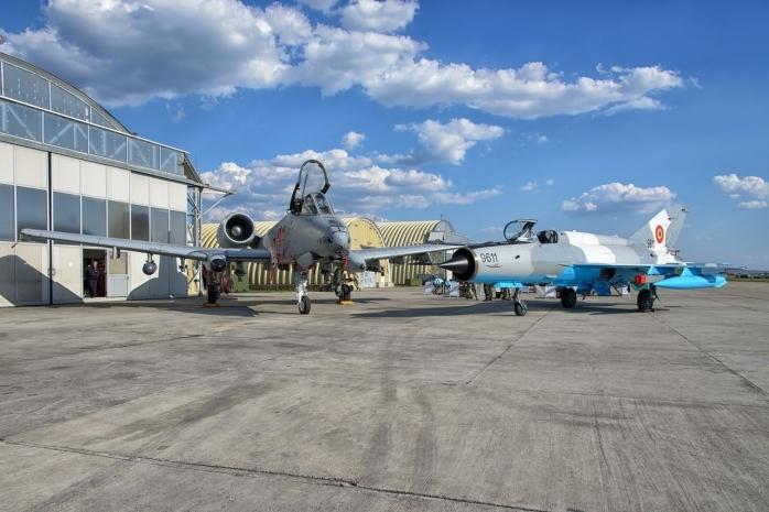 Lucrările la baza aeriană de la Câmpia Turzii avansează. Peste 150 de milioane de dolari vor investi americanii în modernizare.
