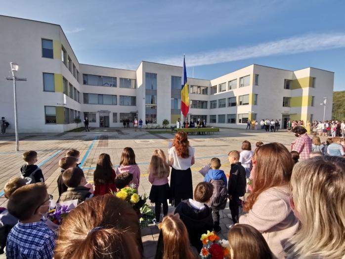 Elevii din Florești vor avea bursele mărite. 600 de lei, bursa de performanță!