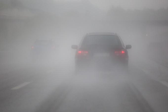 Atenție șoferi! Cod GALBEN de ceață în Cluj! Vizibilitatea, redusă sub 200 de metri